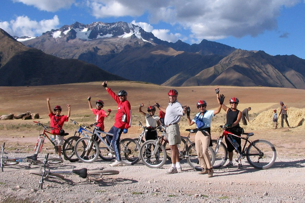 Try mountain biking for a different Christmas in Peru