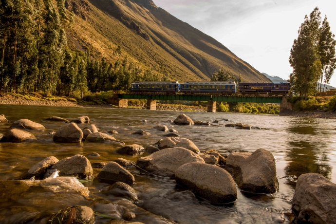 Perurail Vistadome train crossing a bridge