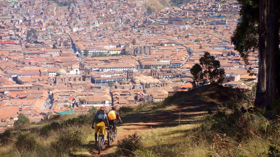 Ebiking in Cusco Peru