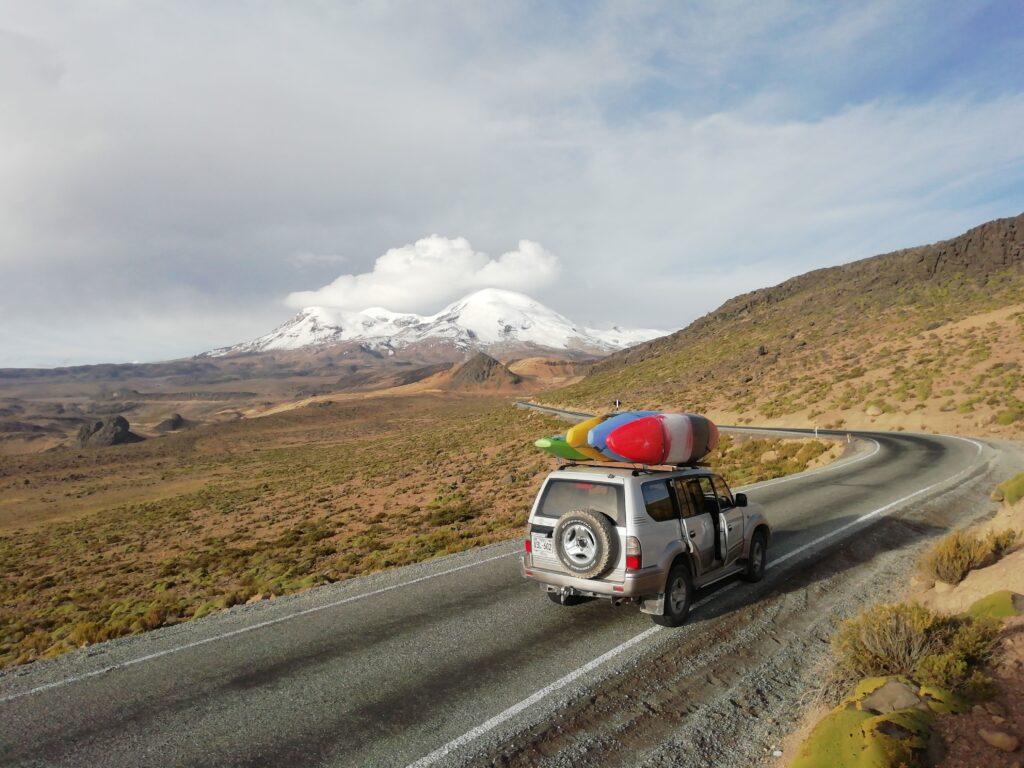 tour or trekking in peru