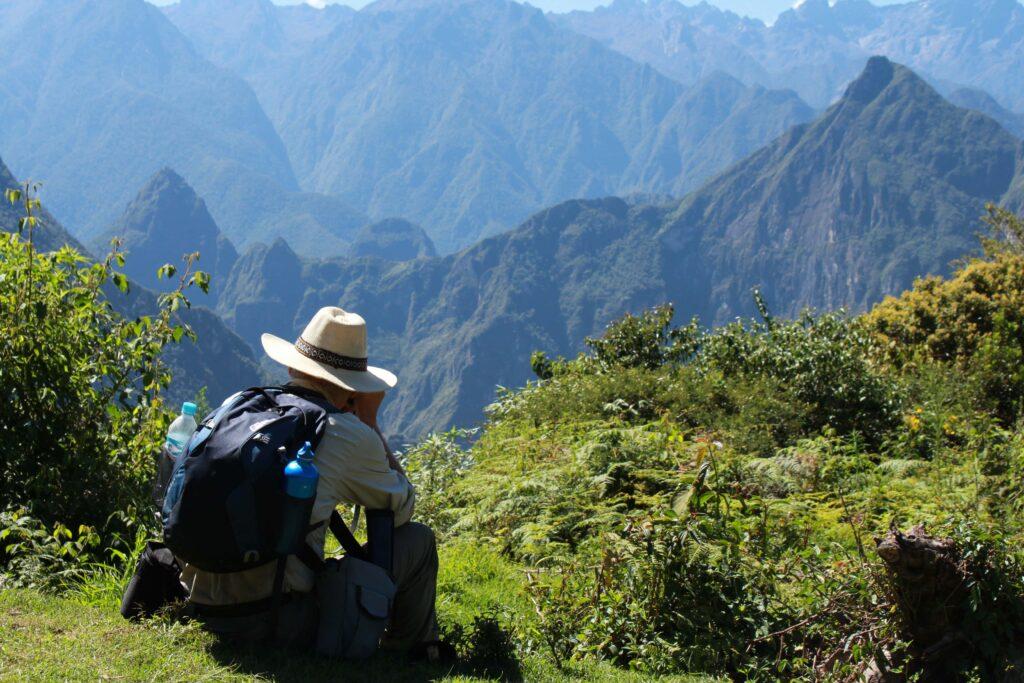 responsible tourist sustainable tourism